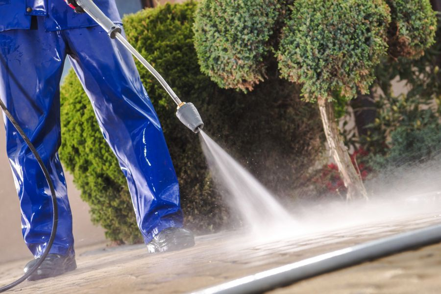 Pressure Washing by Mendoza's Paint & Remodeling