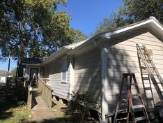 Before & After Exterior Painting in Tomball, TX (7)