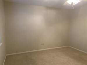 Before & After Wallpaper Removal & Interior Painting in Spring, TX (6)