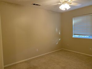 Before & After Wallpaper Removal & Interior Painting in Spring, TX (8)