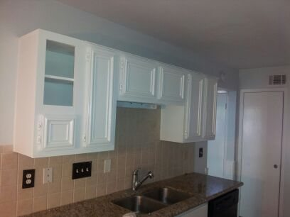 Cabinet Refinishing in TX by Mendoza's Paint & Remodeling