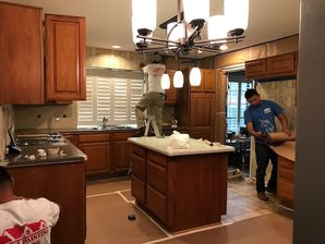Kitchen Cabinet Painting in Sugarlad, TX (1)